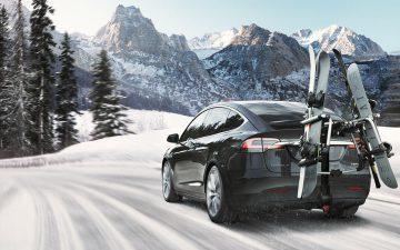 Rent Tesla Model X 100D - black (BEV)