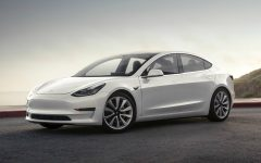 Tesla Model 3 Long Range - white (BEV)
