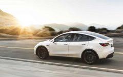 Tesla Model Y Performance - white (BEV)